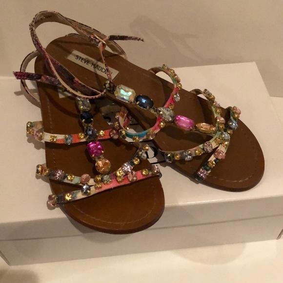 5d293167ba2 Steve Madden jeweled Sandals. M 5abf1f9150687c285848ebb8